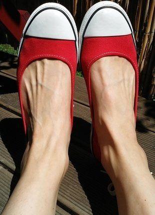 Kaufe meinen Artikel bei #Kleiderkreisel http://www.kleiderkreisel.de/damenschuhe/ballerinas/152423532-sportliche-rote-ballerinas-von-converse