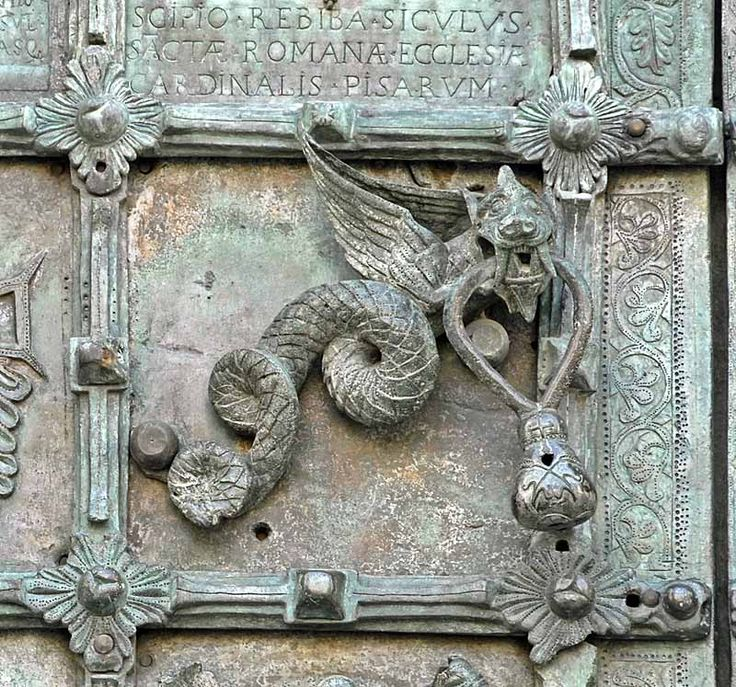 dragon door knocker on the west door of the cattedrale. Black Bedroom Furniture Sets. Home Design Ideas