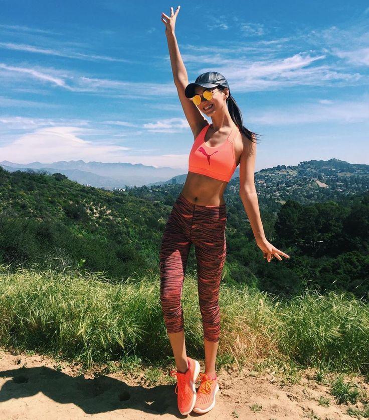 Victoria Justice #VictoriaJustice Celebrity Social Media 19/03/2017 Celebstills Victoria Justice