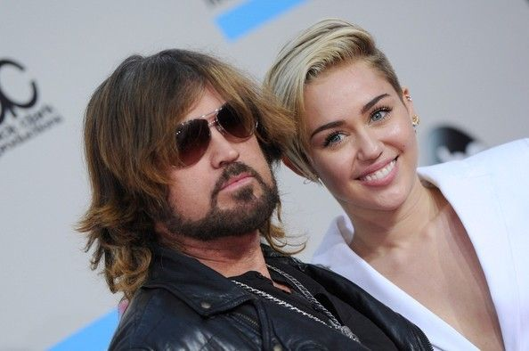Miley Cyrus and Billy Ray Cyrus Photo - Arrivals at the American Music Awards