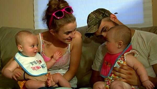 Teen Mom 2 Photo from Season 1 Leah Messer and Daughters Aliannah and Aleeah and…
