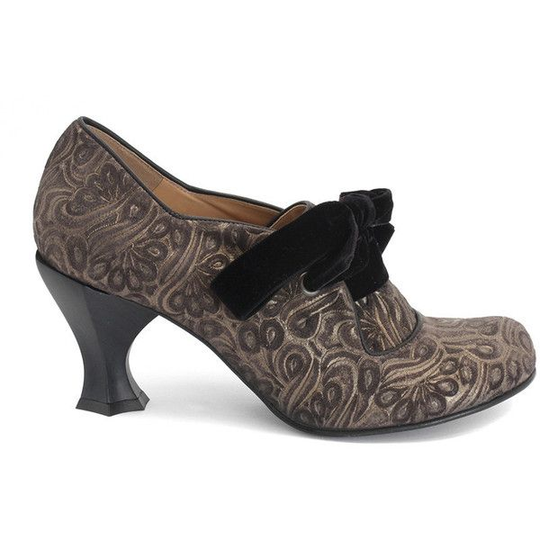 John Fluevog Women's Elisabetta Pumps (4,310 MXN) ❤ liked on Polyvore featuring shoes, pumps, laced shoes, lace up shoes, rubber sole shoes, lace up pumps and laced up shoes