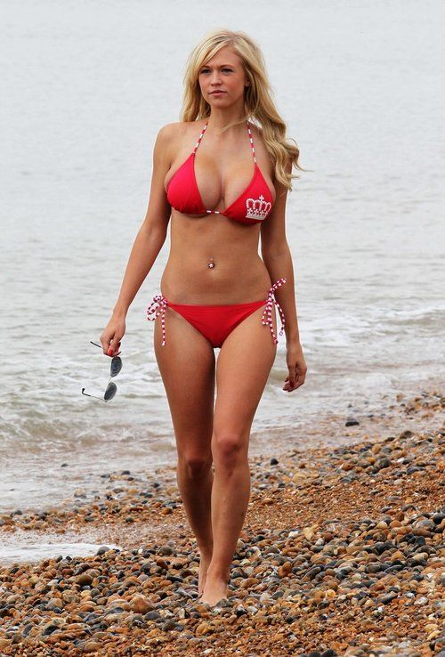 Sophie Reade is hot and bustyHot Busty, Bikinis Babes, Sexy, Hot Girls ...