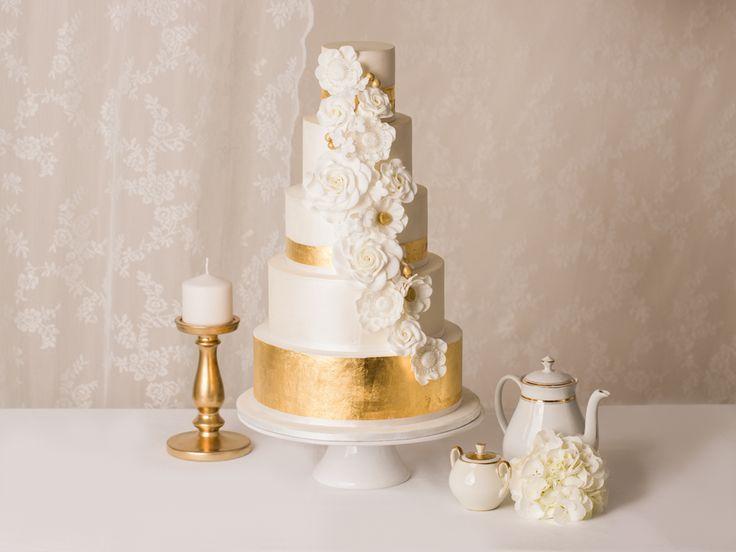 ... Gold auf Pinterest  Blumen kuchendeckel, Hochzeitstorte gold und