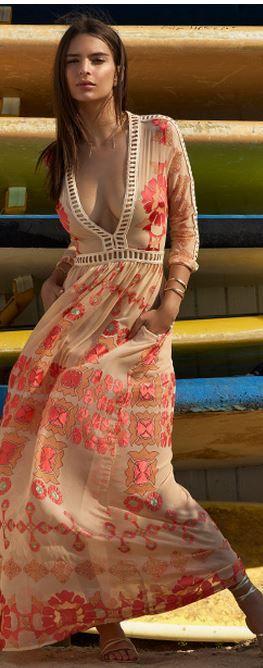 Who made Emily Ratajkowski's print dress?