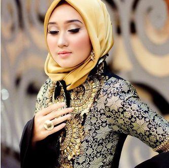 Inilah Model Jilbab Pesta Dian Pelangi Favorit Para Hijabers