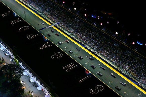 Largada do GP de Cingapura (Foto: Getty Images)) - Fornecido por Grande Prêmio
