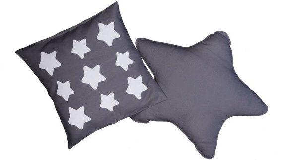 Cotton Star shaped cushion and Star pillowcase handmade in Italy by EffeCremona / Cuscino a stella e federa per cuscino in cotone - fatto a mano in Italia