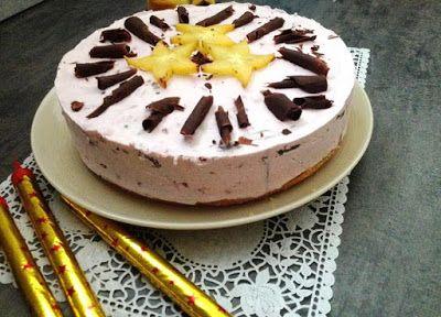 Finomságok Nikitől: Erdei gyümölcsös mousse torta
