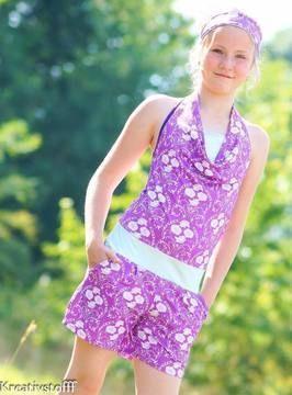"""""""SummerBreeze+Junior""""+ist+ein+sportlicher,+eleganter,+aber+auch+legerer+Jumpsuit+mit+weiter+Hose,+Neckholdershirt+mit+Wasserfallausschnitt+und+eingen…"""