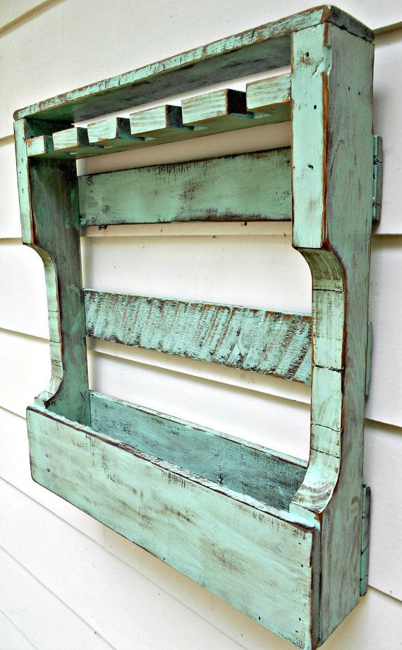 Best 25 pallet wine racks ideas on pinterest pallett for How to make a spice rack out of pallets