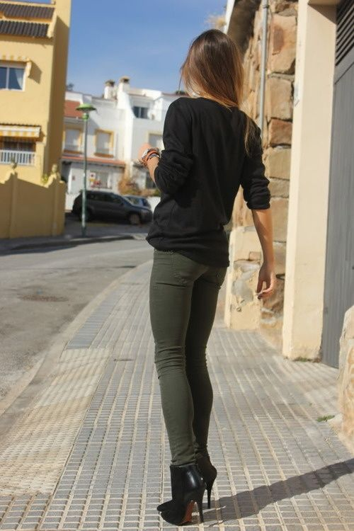 Olive skinnies with black...not a combo I would have thought of on my own!