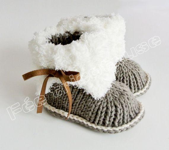 chaussons bébé tricotés (blanc-marron) tricotés à la main