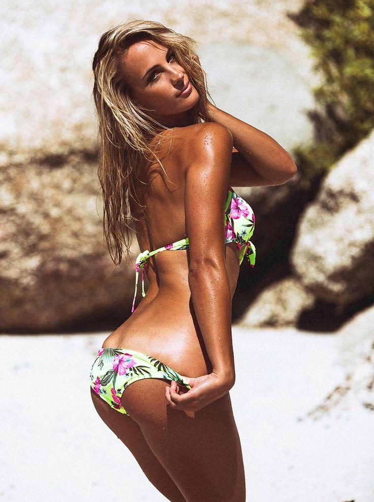 Kerry-Lee Cousins - World Swimsuit