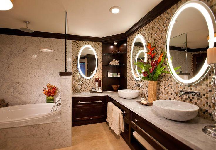 Caribbean honeymoon beachfront butler suite sandals for Caribbean bathroom design ideas