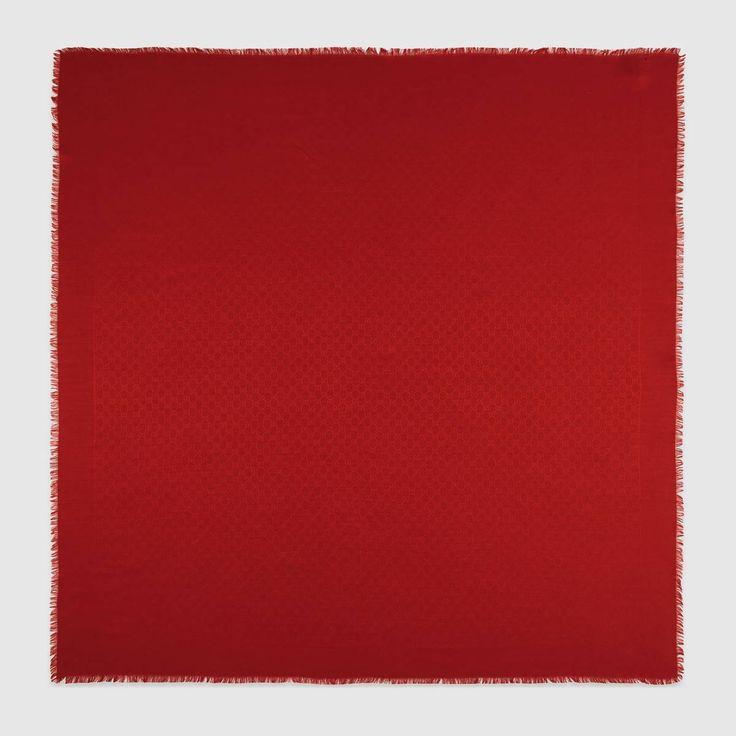 GUCCI Silk Wool Gg Jacquard Shawl - Red Silk Wool Gg. #gucci #all