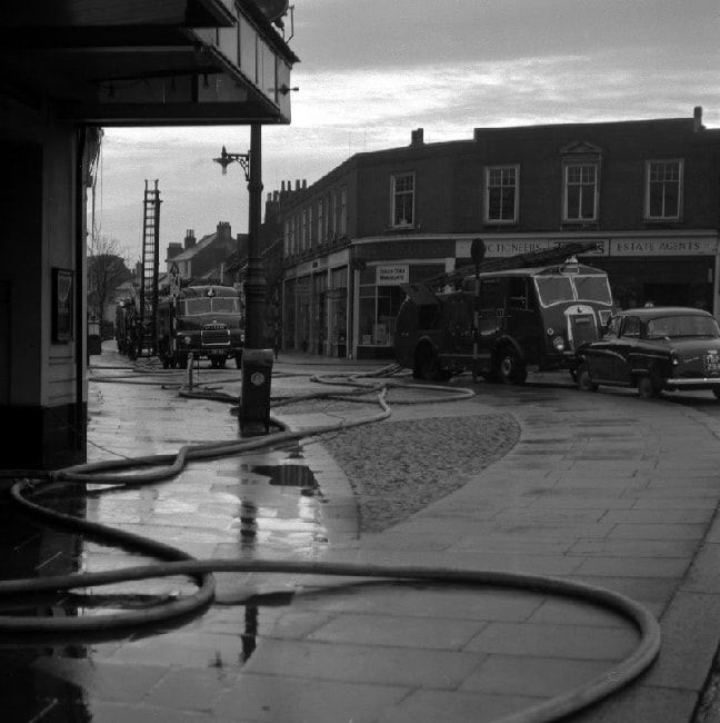 North Street, Worthing 1960 - immediately after the Rivoli fire.