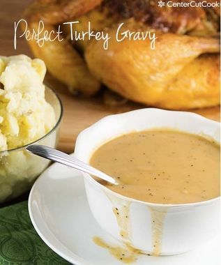 If you're in a rush, this 10-Minute Perfect Turkey Gravy from @CenterCutCook -- with or without drippings -- is exactly the recipe you need.
