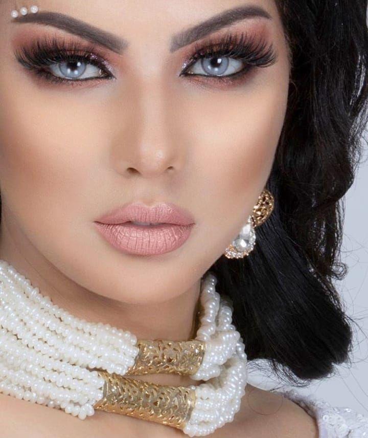 Watch The Best Youtube Videos Online آخر إطلالة لنجمة ابتسام تسكت Ibtissamtiskatofficial Brunette Makeup Beauty Makeup For Green Eyes