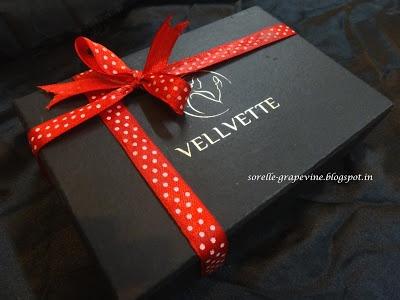 Velvette Box - December Edition ~ Sorelle Grapevine