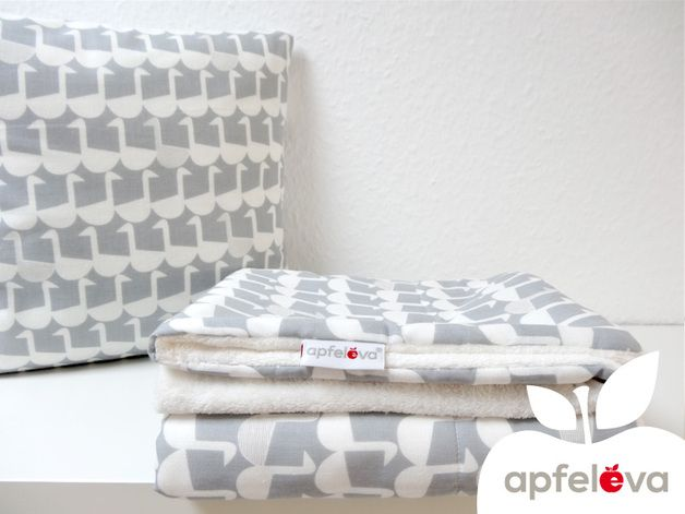 Namenskissen & Decken - GÄNSEMARSCH Kuscheldecke Babydecke Kinderdecke - ein Designerstück von apfeleva bei DaWanda