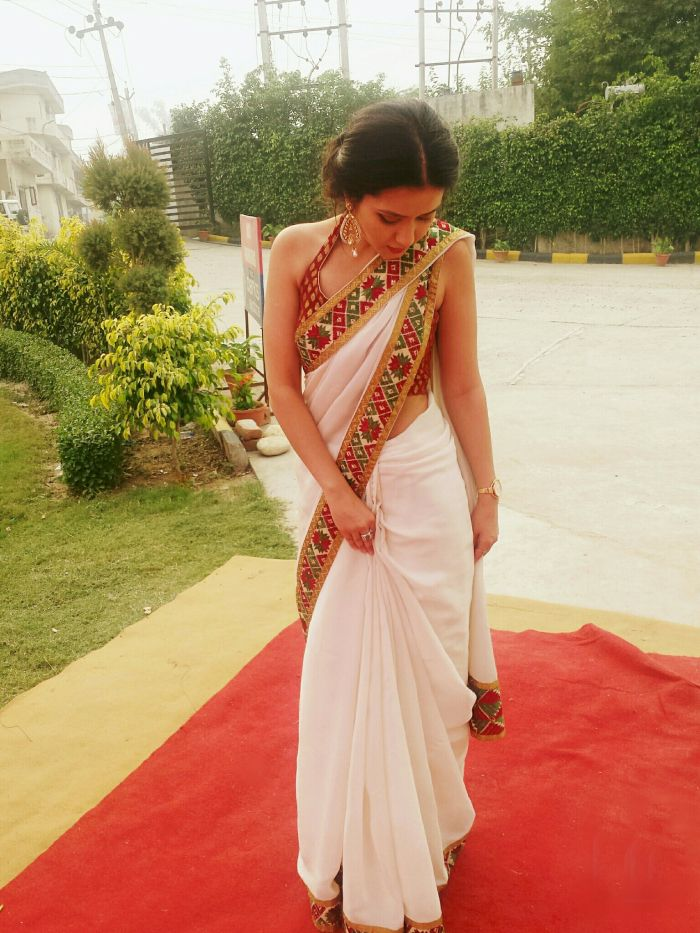 Posted By- Rao Shruti Rathore. Warm wishes to all ourbeautiful readers. As we all know Indian weddings are well known for their extraordinary style, grandeur, tradition and magnificence. The weddi...