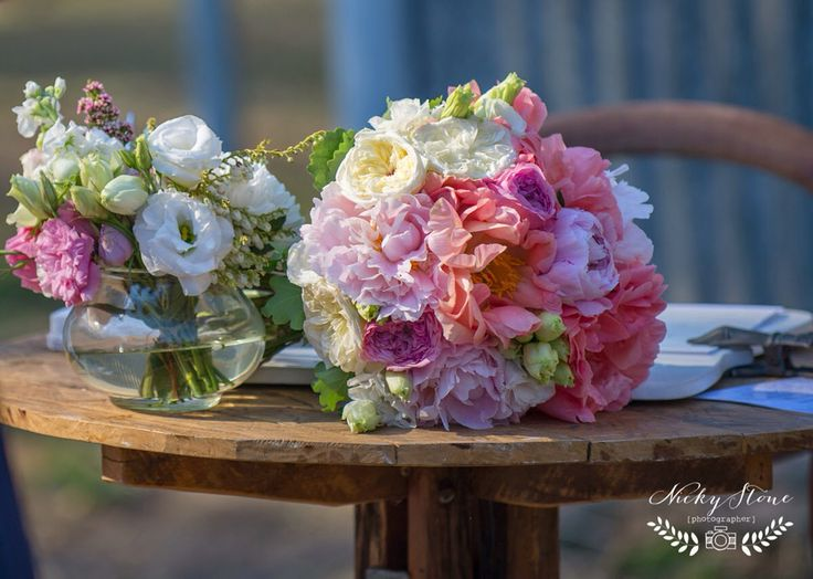 Bridal bouquet resting on the signing table | love details! | Pomegranate Photography | Ginger Lily & Rose Floral Studio