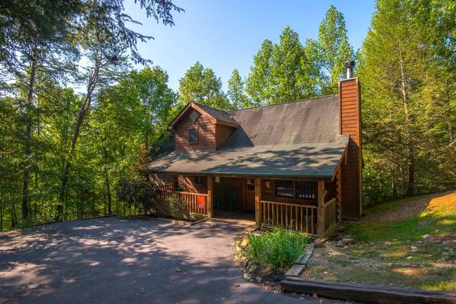 Unit 383 The 19th Hole Wears Valley Hidden Mountain Estates Cabin Cabin Life Big Deck