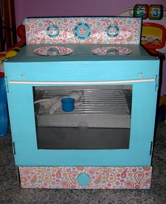 Make an oven from a cardboard box - perfect playset!