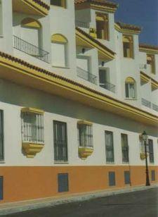 CÁDIZ, ZAHARA DE LOS ATUNES. Ref:5234 Alquiler de apartamento en la urbanización Aretusa. Dispone de un dormitorio, cuarto de estar con sofá con dos camas, cocina pequeña, baño y terraza tendedero. Situado dentro del pueblo y a solo 100 m. de la #playa.  #ZaharaIntercambioApartamento #ZaharaPlaya  #IntercambioApartamentoVacaciones.
