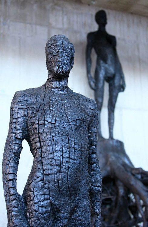 spanicantheimpaler:  Burned wood sculpture by Aron Demetz.