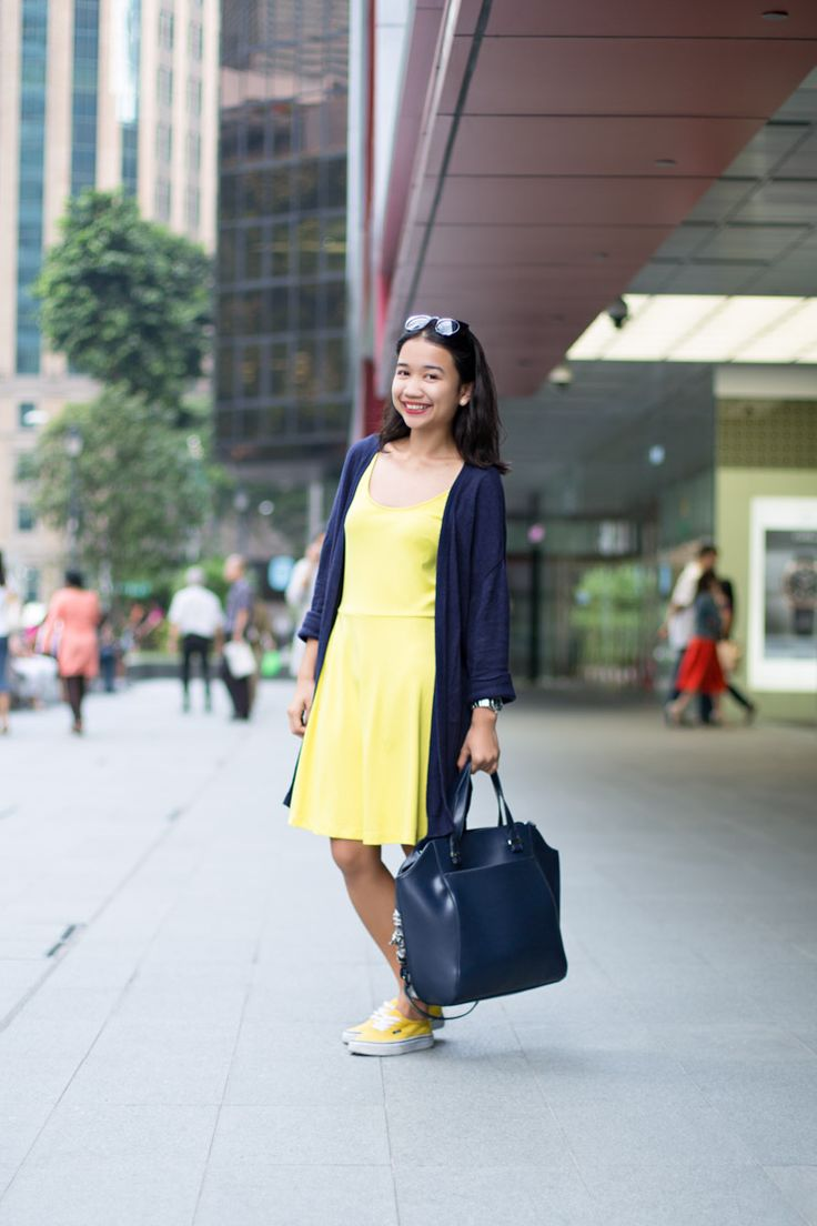 SHENTONISTA: Daisy Yellow, Sasha, Student, Dress & Cardigan from H&M, Sunglasses from Cotton On, Bag from Zalora, Watch from French Connection. #shentonista #theuniform #singapore #fashion #streetstyle #style #ootd #sgootd #shentonway #wiwt #popular #people #male #female #womenswear #menswear #H&M #CottonOn #FrenchConnection #Zalora