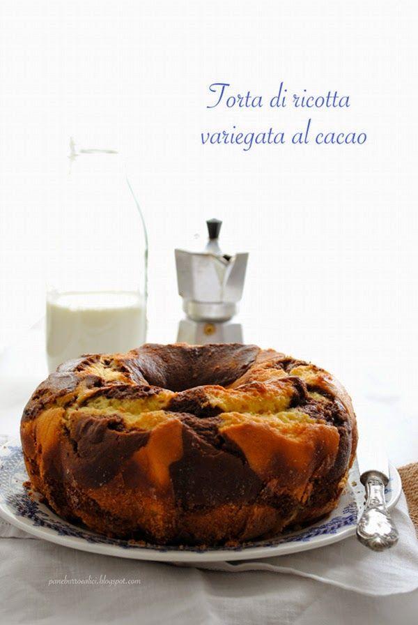 Pane, burro e alici: Torta di ricotta variegata al cacao