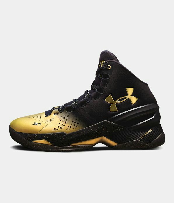 curry 3 black and gold
