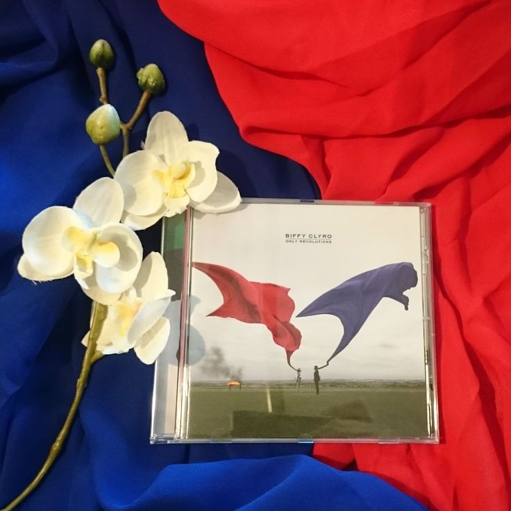 [Music Monday] Biffy Clyro - Only Revolutions