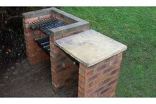 There is nothing like entertaining guests in the backyard and making barbecue. Many people prefer using propane grills, but for those who love the taste of food on a charcoal grill, making your own charcoal grill is ideal. A brick charcoal grill will last for years, not like the metal kinds that eventually get burned through on the bottom. An...