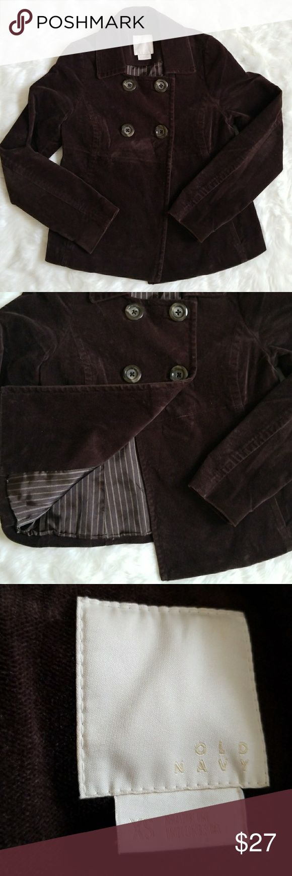 OLD NAVY PEA COAT Old Navy brown pea coat sz XS. Coat worn twice, in amazing shape! Coat is fully lined, pockets are functional,  soft velvety material, double breasted closure. Old Navy Jackets & Coats Pea Coats