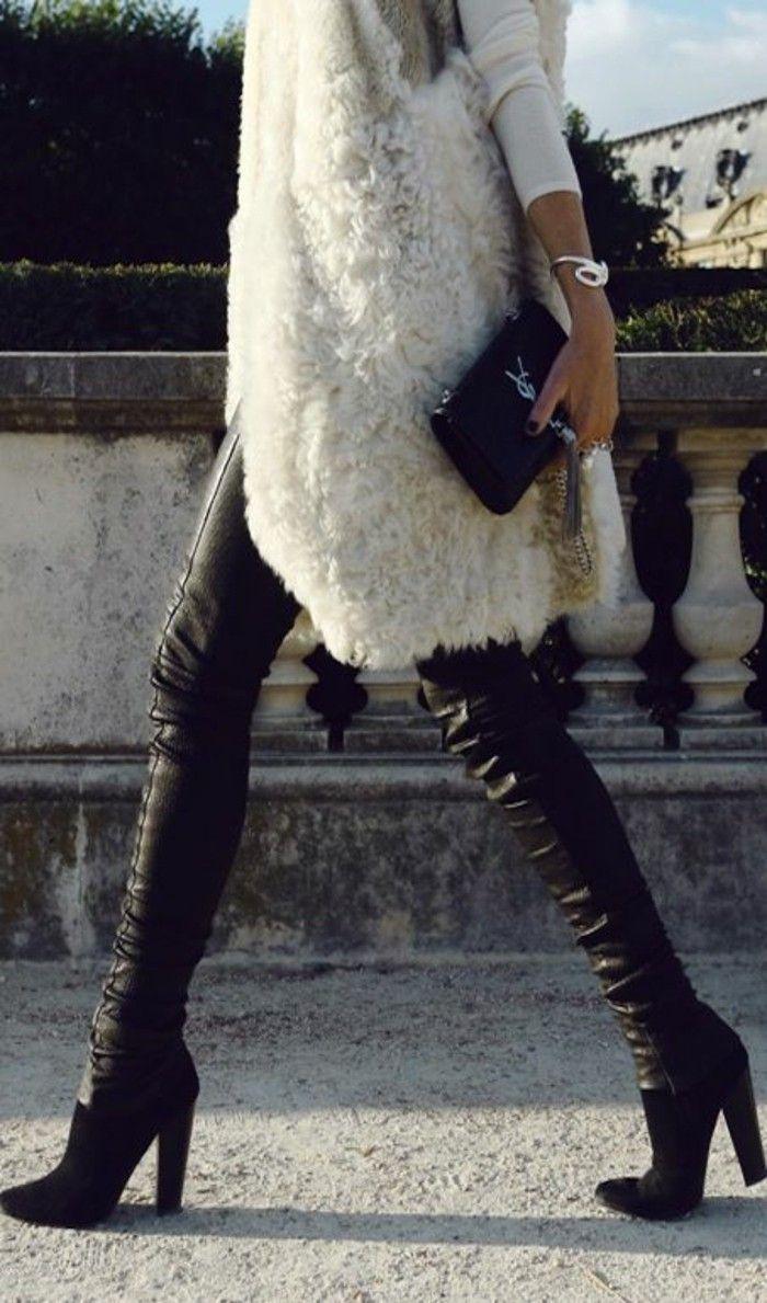 veste sans manche femme en fourrure blanche et pantalon cuir noir