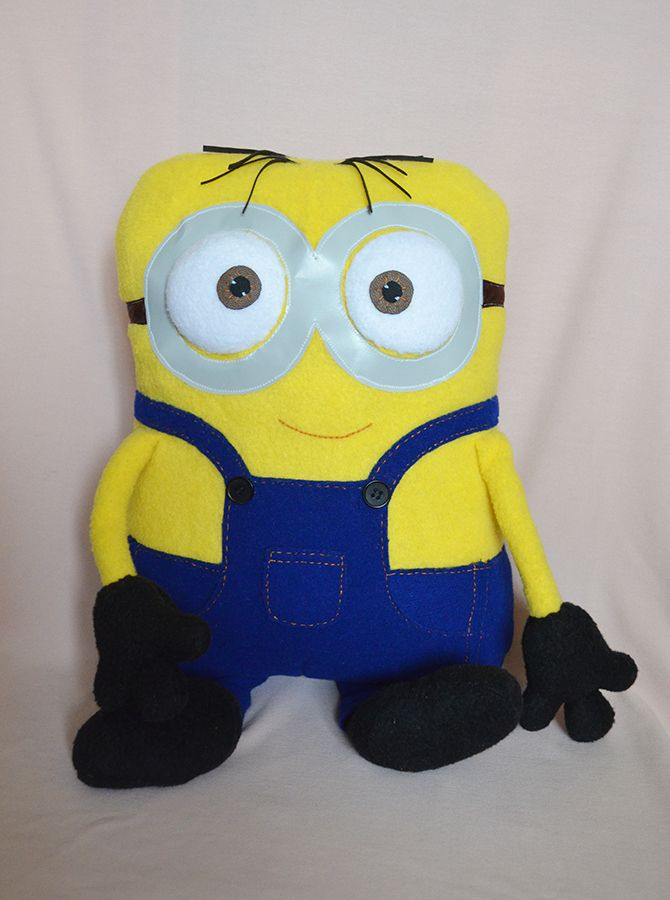подушка Миньон. Minion pillow - FREE patterns and tutorial