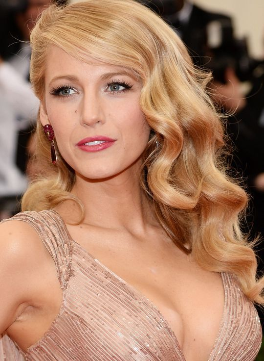 Blake Lively's gorgeous waves at the Met Gala
