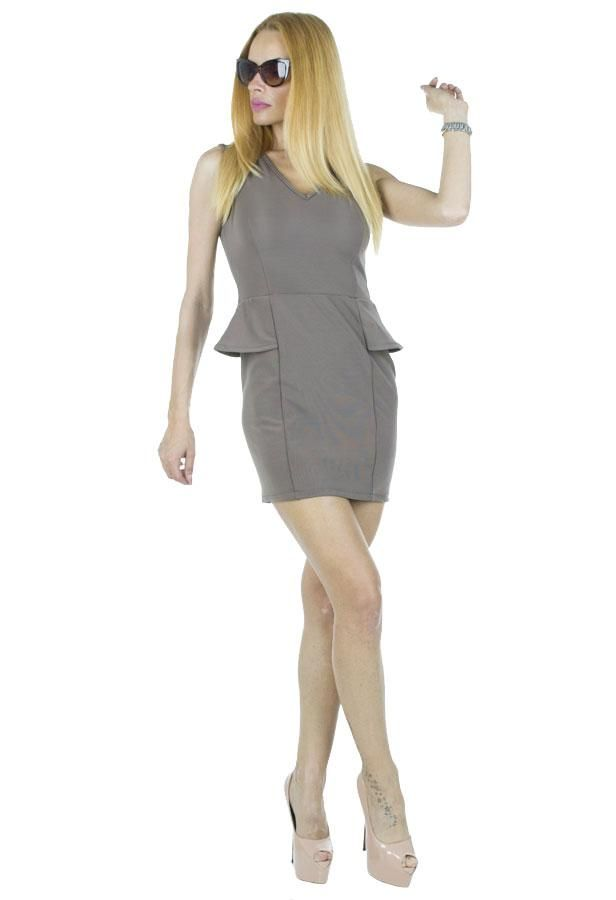 Rochie Dama Sensation  Rochie dama ce se muleaza frumos pe silueta. Design modern ce va va scoate din anonimat.     Latime talie: 35cm  Lungime: 76cm  Compozitie: 70%Poliester, 25%Vascoza, 5%Elasten