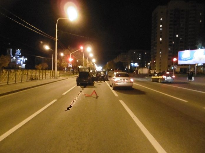 уголовное дело передано в суд  УСК по Витебской области окончило расследование уголовного дела в отношении мужчины, который, управляя автомобилем в состоянии алкогольного опьянения, совершил дорожно-транспортное происшествие с участием 3-х автомобилей.  Фото sk