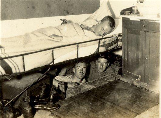 Ontsnappingstunnel in Fort Wierickerschans 1915) - Geschiedenis van Zuid-Holland
