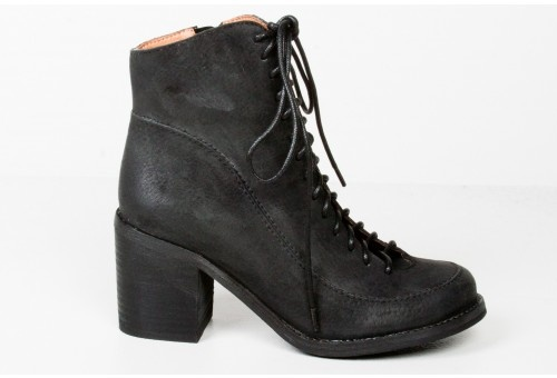 Jeffrey Campbell: Gwenyth Boots, Fall Shoes, Heel Boots, Stacking Heels, Jeffrey Campbell, Style Pinboard, I'M, Heels Boots, Black