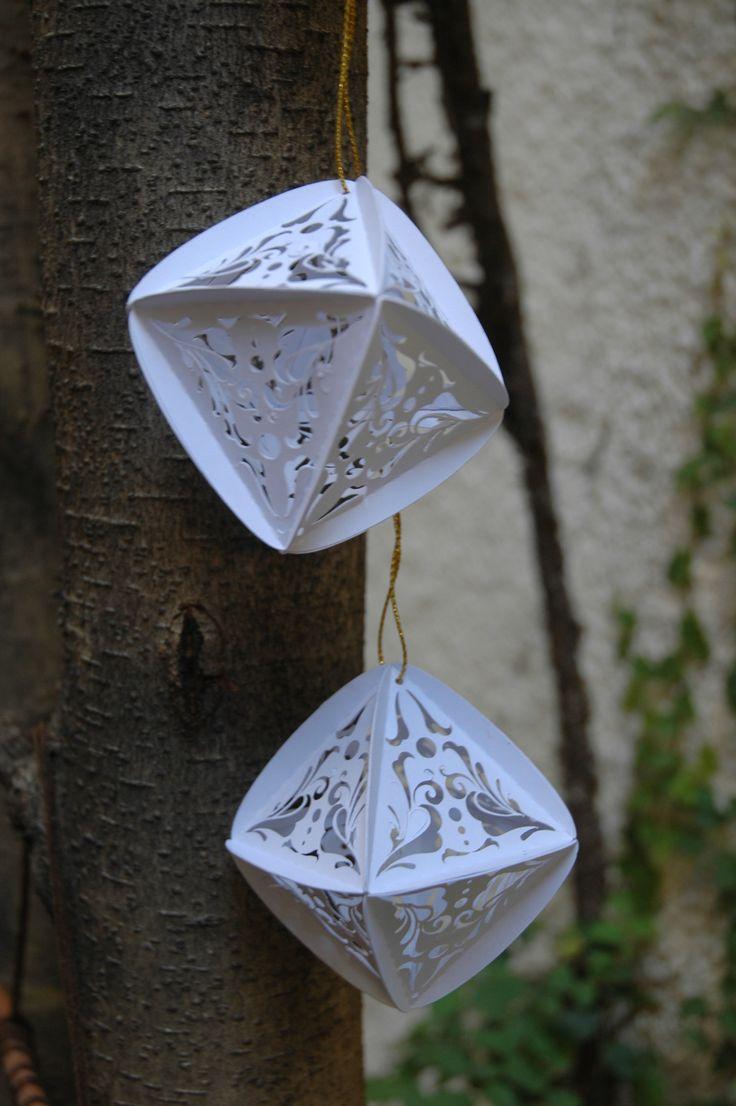 15 best faroles de papel images on pinterest lanterns paper and colgante con pirmides dobles y calado artesanal facebookorigamifest jeuxipadfo Image collections