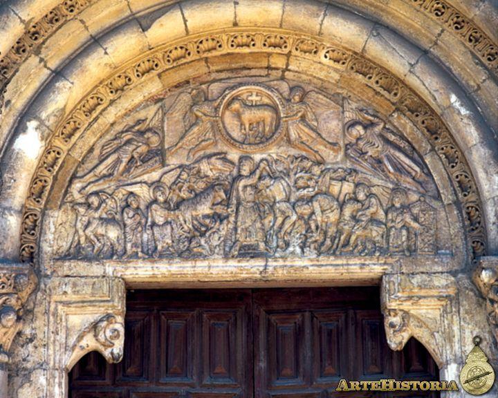 Portada del Cordero de San Isidoro, de derecha a izquierda se advierte, en primer lugar, la figura de Sara, esposa de Abraham, que a la puerta de la tienda despide a su hijo. I...