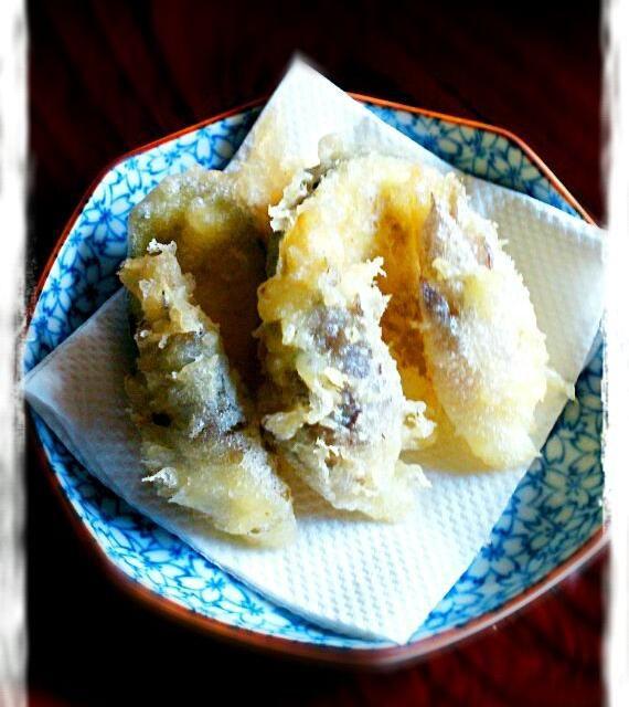 ミョウガが大量にあるので天ぷらを山盛り揚げました! - 22件のもぐもぐ - ミョウガの天ぷら~♪ by yyuummii