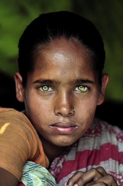 Gypsy Girl photographed by K M Asad- ONE EYELAND