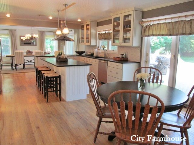 Style House-Coastal Inspired Living - City Farmhouse
