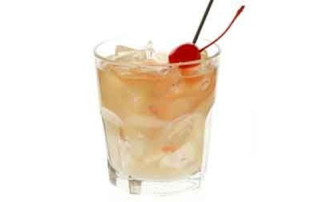 Whisky Sour Cocktail: Ecco la Ricetta #whiskysour #cocktail #whisky